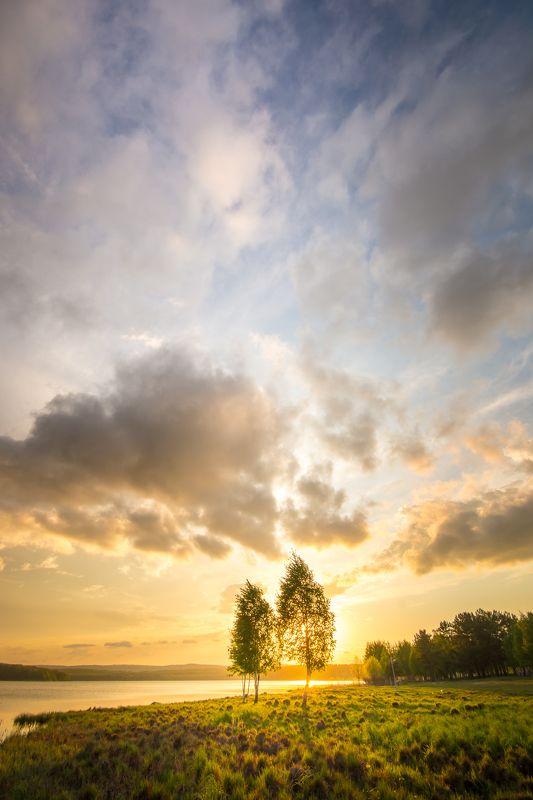 весна закат вода облака солнце Майphoto preview