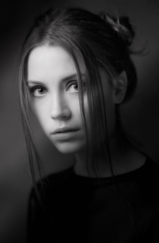 портрет;ч/б ****photo preview