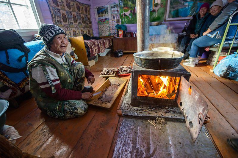 Тува Тыва изигхан Приготовление изиг хана. фото превью