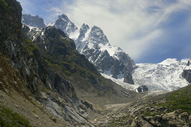 горы весна рассвет Караугомский ледникphoto preview