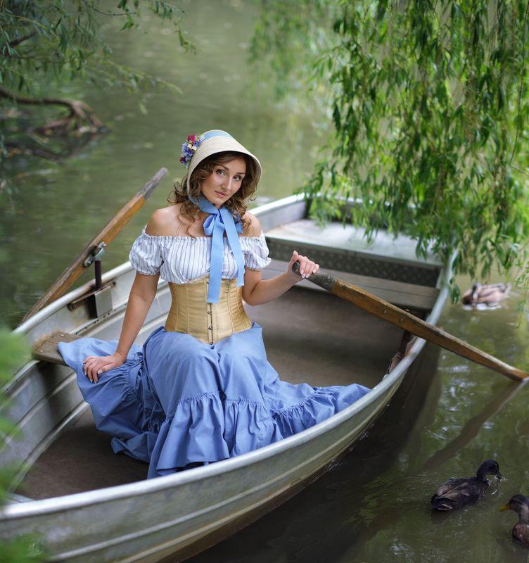 Пруд, портрет, вода, женский портрет Девушка на пруду фото превью