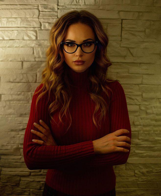 учитель, очки, красивая девушка photo preview