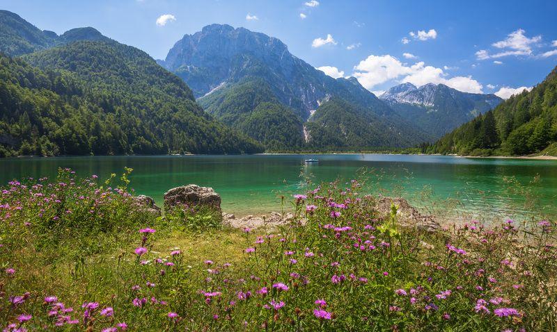 италия, горы, озеро, лаго-дель-предиль, lago del predil, Северная Италия. Альпы. Горное озеро Лаго-дель-Предиль.photo preview