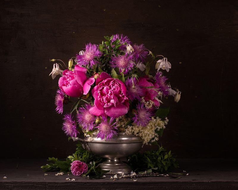 Цветочный натюрмортphoto preview