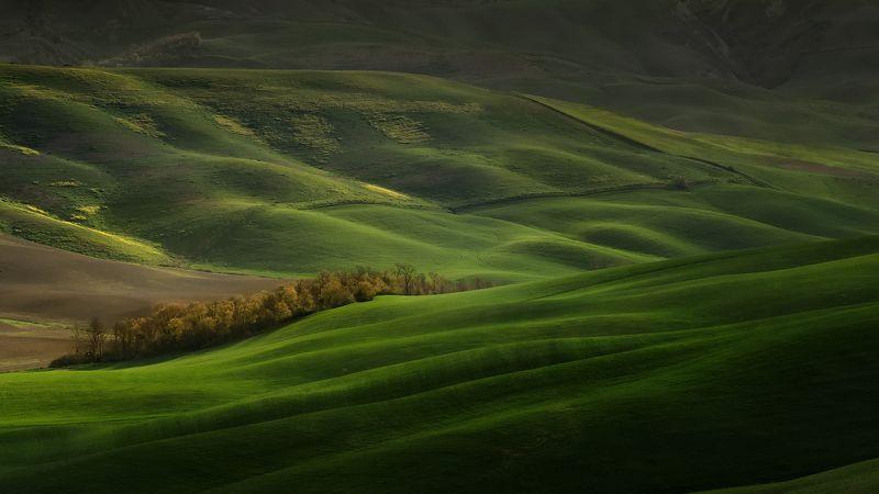 tuscany, тоскана, tuscany photos landscape, весенняя тоскана, пейзажи тосканы, green hills, tuscany landscape photography,  tuscany fields Зеленые поля Тосканыphoto preview