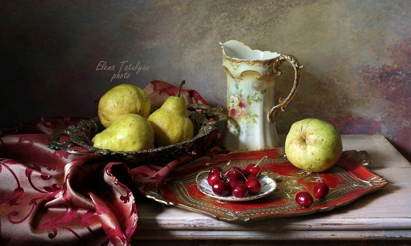 груши, черешня, фрукты-ягоды С грушами и черешней фото превью
