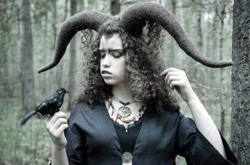 портрет, девушка, лес, постановочная фотография, Магия полнолуния.photo preview