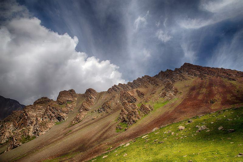 кыргызстан, горы Танец летаphoto preview