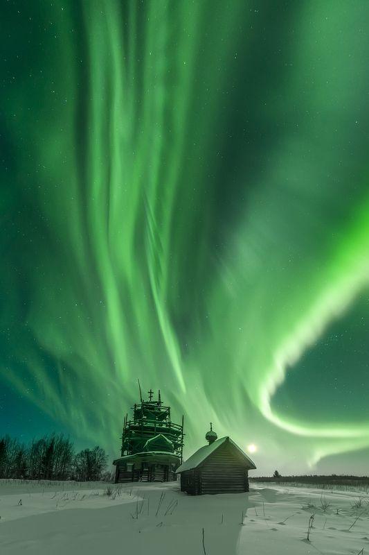 северное сияние, aurora borealis, архангельская область, деревянное зодчество, ночное фото Под крылом Жар-птицыphoto preview