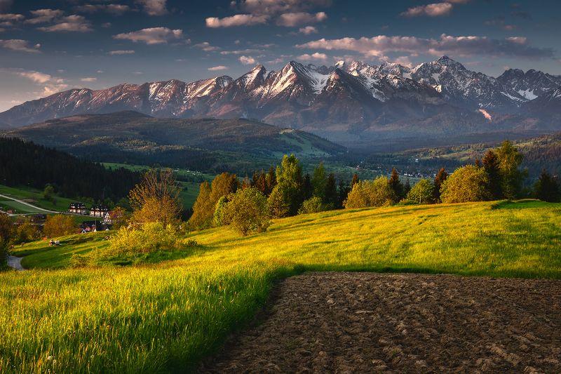 mountains, spring, poland, slovakia, sunrise Tatra Mountainsphoto preview