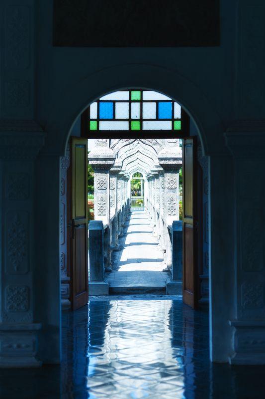 Водный дворец Таман Уджунгphoto preview