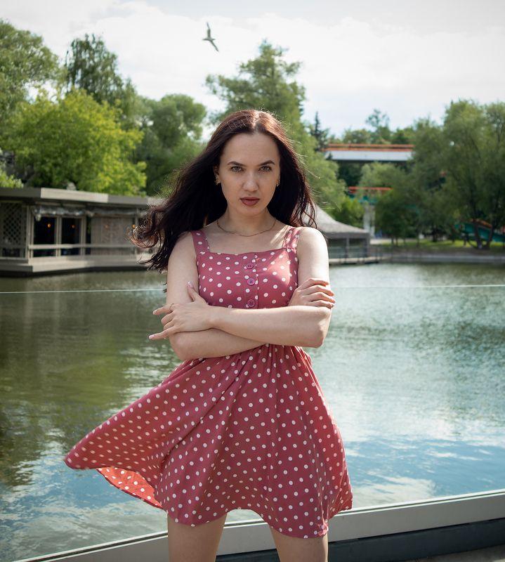 стрит, красивая девушка, женский портрет, концептуальное Кристина фото превью
