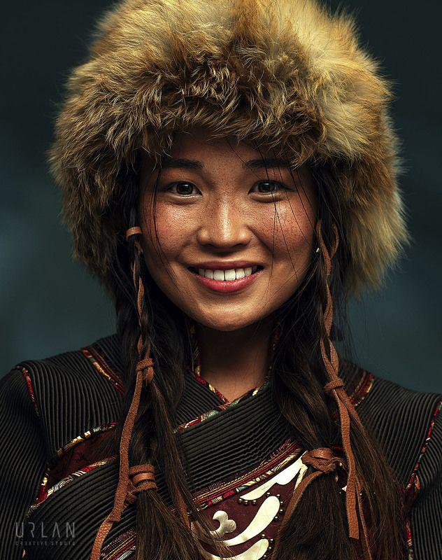 mongolia mongolian girl portrait Mongolian girlphoto preview