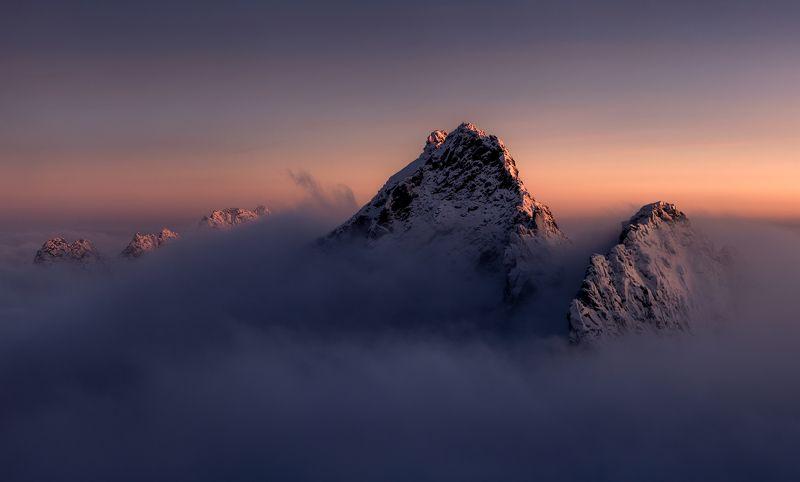 @landscape @mountains @sunrise @hightatras @photography @slovakia @tatry @adventure Calm photo preview