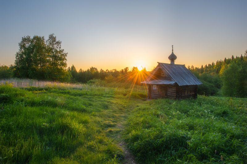 белая ночь, рассвет, часовня, архангельская область, куртяево Начало нового дняphoto preview