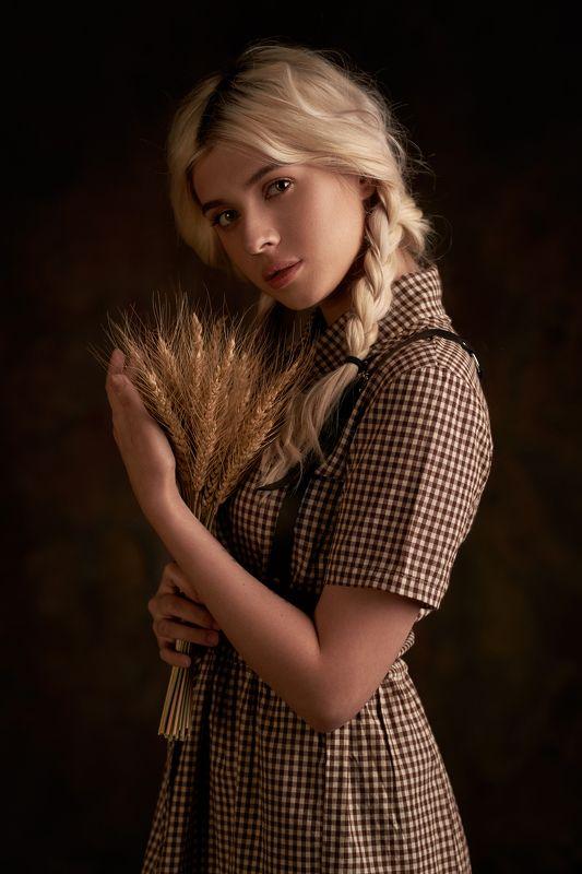 pyzhikphoto, портрет, классика, классический портрет, портрет девушки, женский портрет, portrait, classic, art, красавица Милаphoto preview