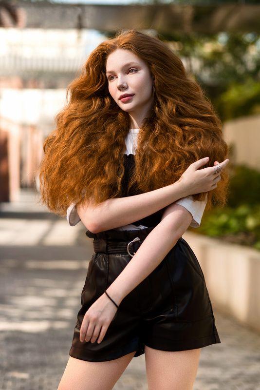 силуэт, грация, свет, тень, чувственность, соблазн, волосы, рыжие ***photo preview