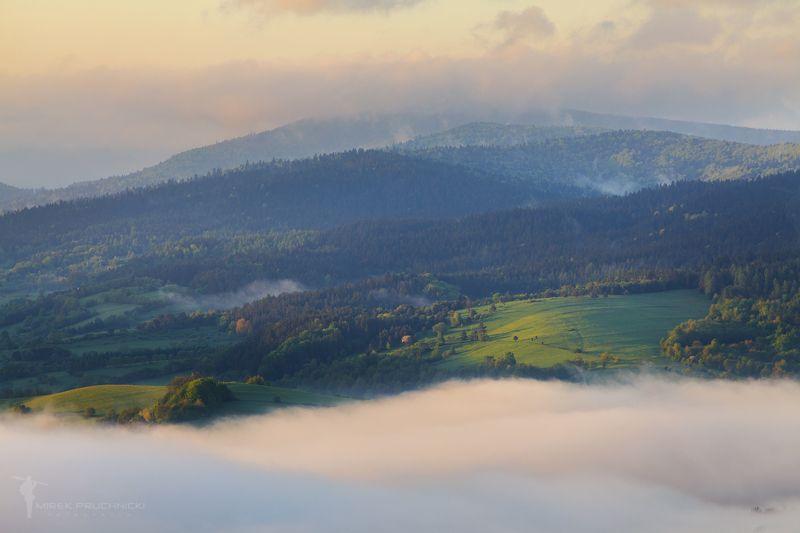 Beskid, NIski, mountains, poland, spring, morning, foggy, fog Beskid Niskiphoto preview