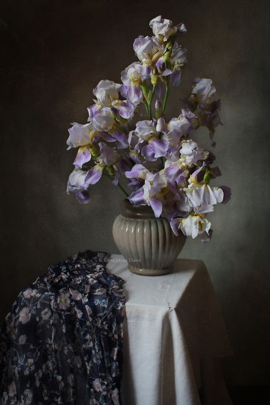 натюрморт, цветы, букет, ирисы, июнь Букетphoto preview