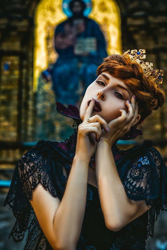 woman, portrait, conceptual, outdoors, beauty God Bless the Queenphoto preview