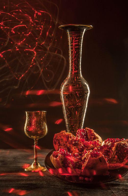 вино, гранат, искры, кубок Натюрморт с гранатомphoto preview