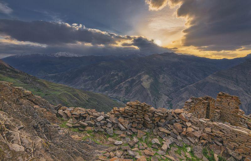 дагестан. Развалины древнего селения Гоор.photo preview
