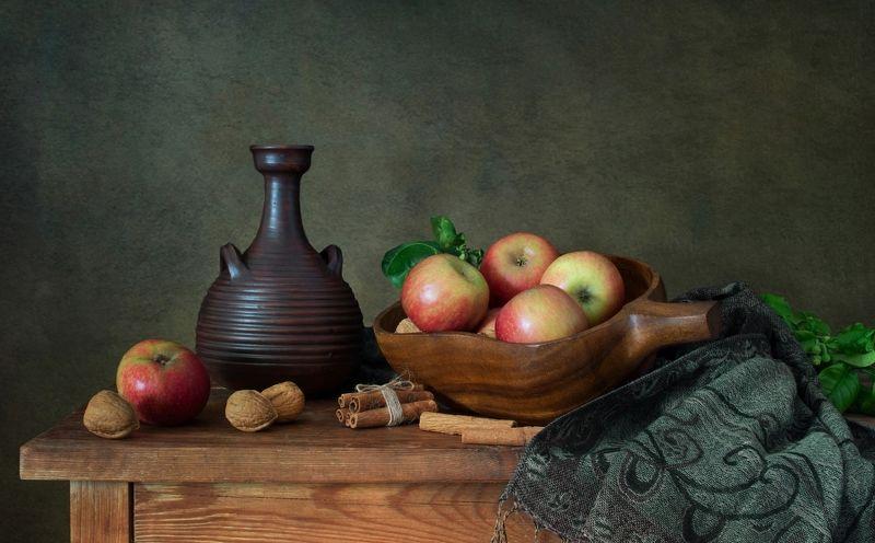 Про яблокиphoto preview