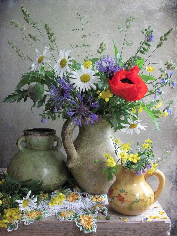 цветы. букет, ромашки, васильки, мак. лютики, кувшины, керамика Весёленькийphoto preview