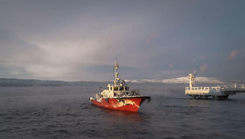 катер, кольский, залив, туман, север, декабрь Холодный Кольский...photo preview