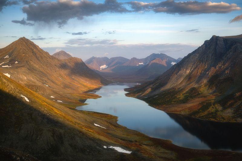 россия, урал, полярный урал, ямао, ямало-ненецкий автономный округ, салехард, горы, осень, природа, пейзаж, рассвет, отражение, озеро, тундра, лесотундра Полярный Урал осеньюphoto preview