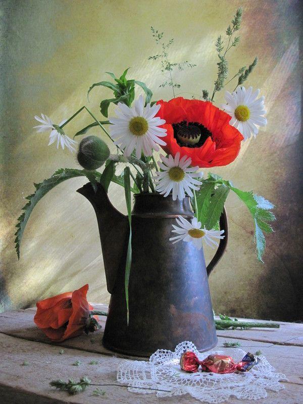 цветы, букет, ромашки, маки, кувшин, винтаж Лучикphoto preview