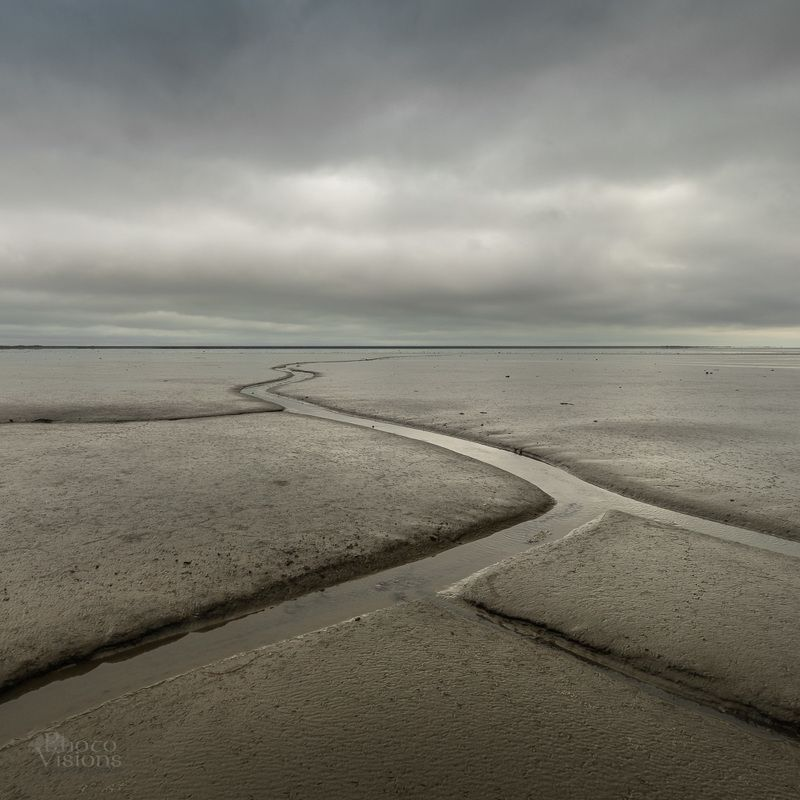 minimalistic,landscape,iceland,shore,sea,pattern,leading line, The Pathphoto preview