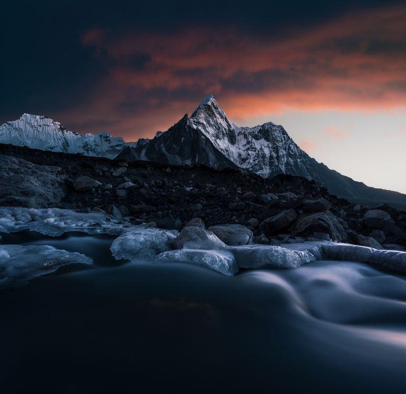 @landscape @mountains @sunset @himalayas @photography @nepal @himalaya @adventure  Ama Dablam photo preview