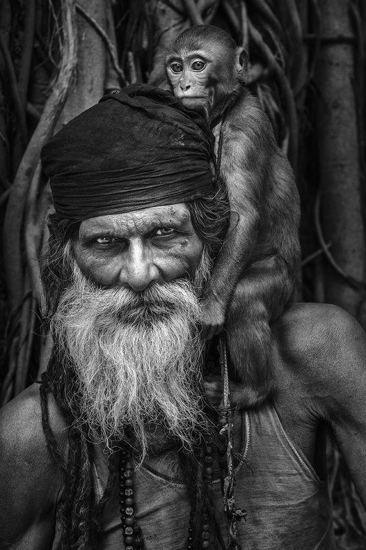 sadhu baba, the holy men, varanasi, india Good Friendphoto preview