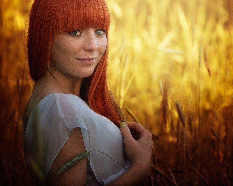Color, Golden Sun, Light, Photography, Portret, Red, Woman Golden Sunphoto preview