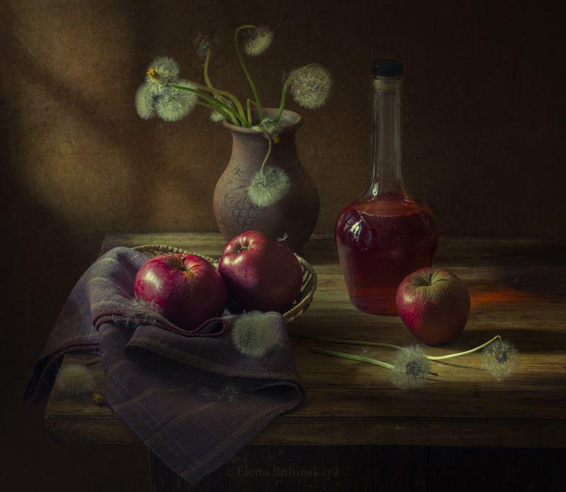 кострома,натюрморт,яблоки,вино,одуванчики  фото превью