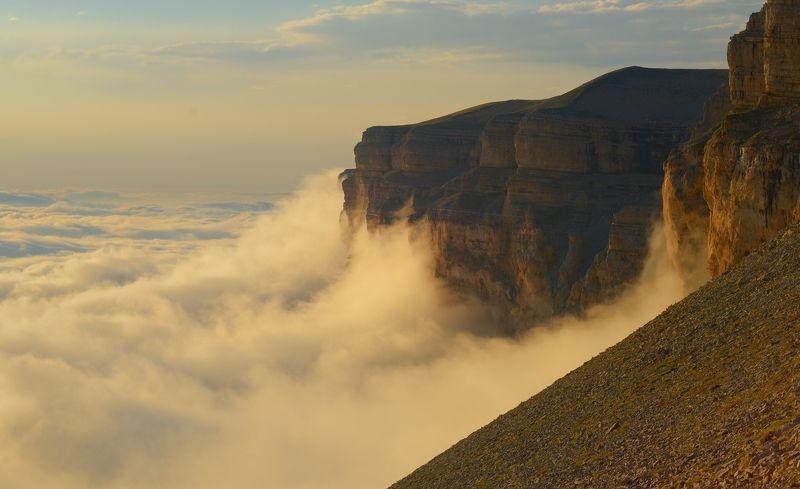горы, лето, канжол, закат, облака Над облаками фото превью