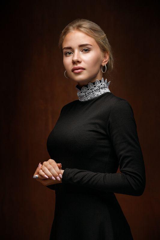 портрет, девушка Elizabeth фото превью
