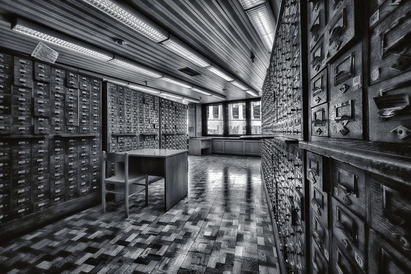 город,архитектура,интерьер,библиотека,чёрно-белое Библиотекаphoto preview