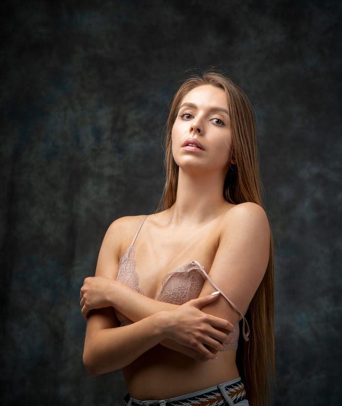 студийный портрет, красивая девушка, женский портрет, концептуальное, будуар Анастасияphoto preview