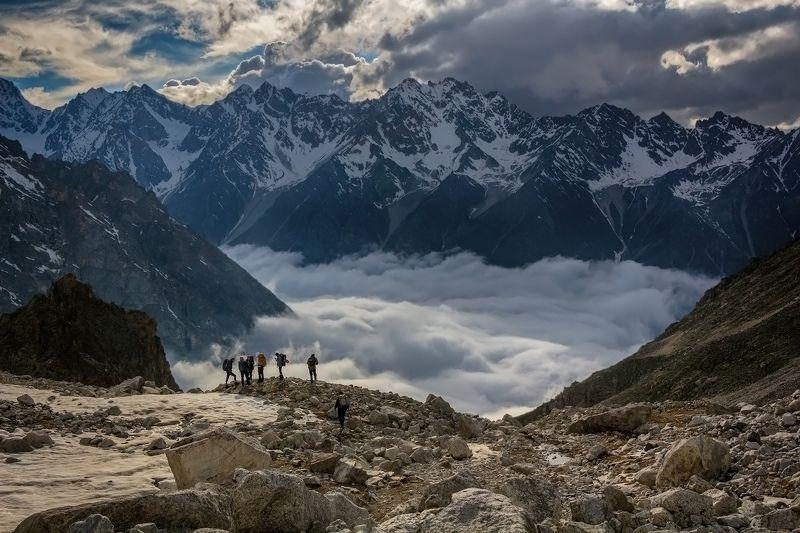 горы, альпинизм, кавказ, ледники у кромки облачного моря...photo preview