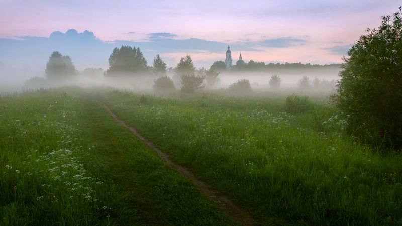 туман, храм, лето Лето во Владимирской областиphoto preview