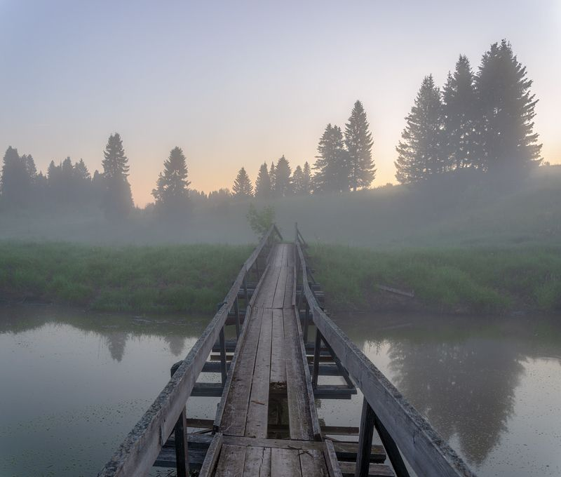 июнь рассвет река мостик туман Через мостик, навстречу рассветуphoto preview