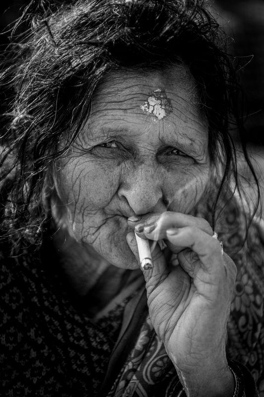 #Portrait #Woman #Nepal Qurantinephoto preview