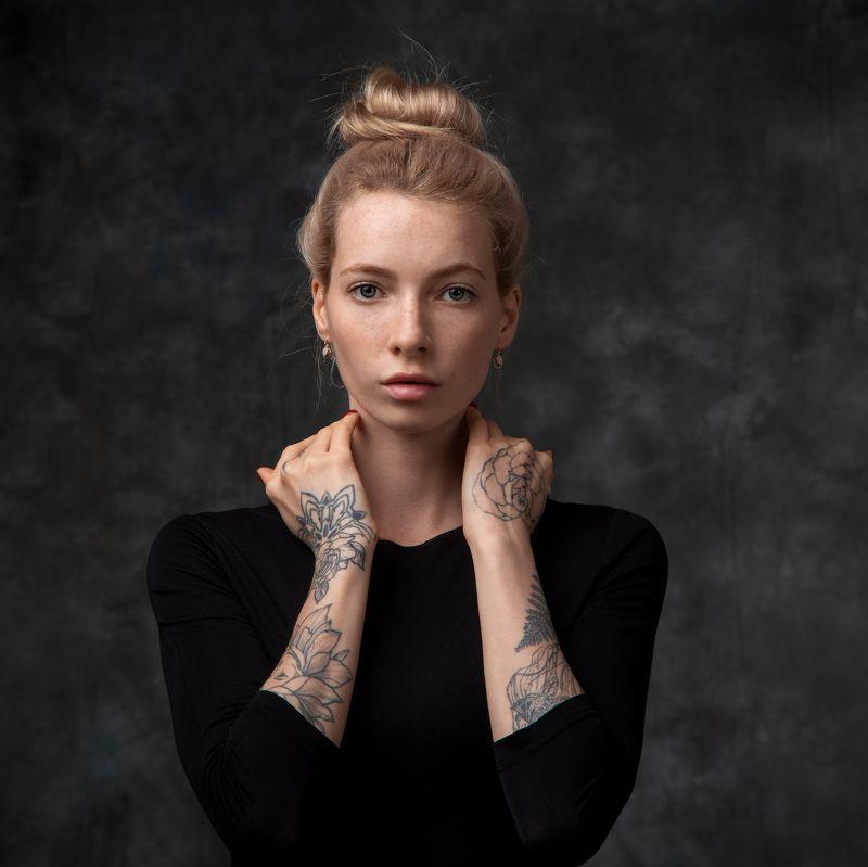 студийный портрет, красивая девушка, женский портрет, концептуальное, будуар Александраphoto preview