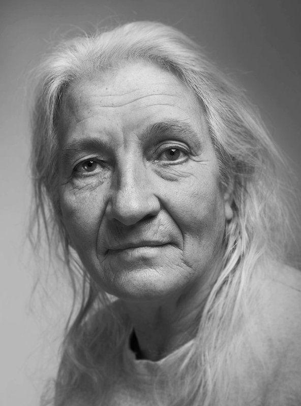 эдуард басов,фотограф, чернобелая фотография, портрет Майя Сергеевнаphoto preview