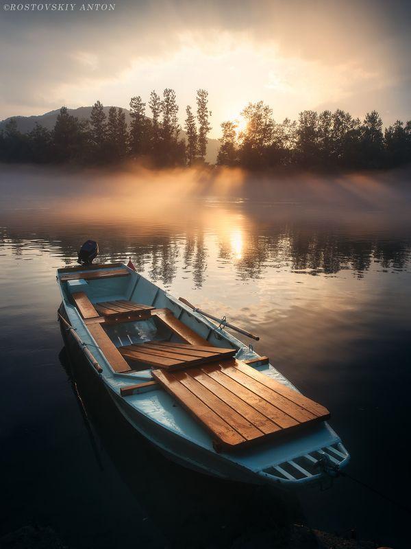 лодка, закат, гроза, свет, облака, Сербия, фототур,  Спокойствие после грозы | фототур  Сербияphoto preview