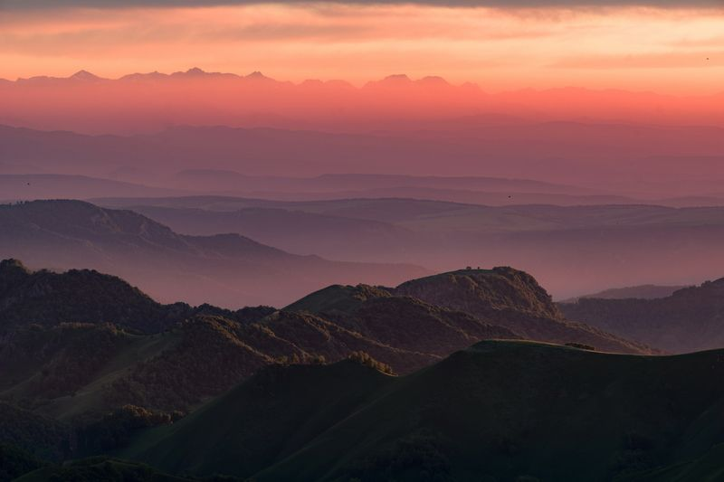 гора, рассвет, небо, плато, облака, утро, тучи, непогода, закат, вечер , слои, холмы, долина, дымка, туман ЗАКАТ В ПАСТЕЛЬНЫХ ТОНАХphoto preview