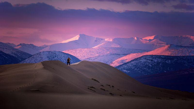 забайкалье,чарская пустыня,чарские пески,каларский хребет малиновый рассветphoto preview