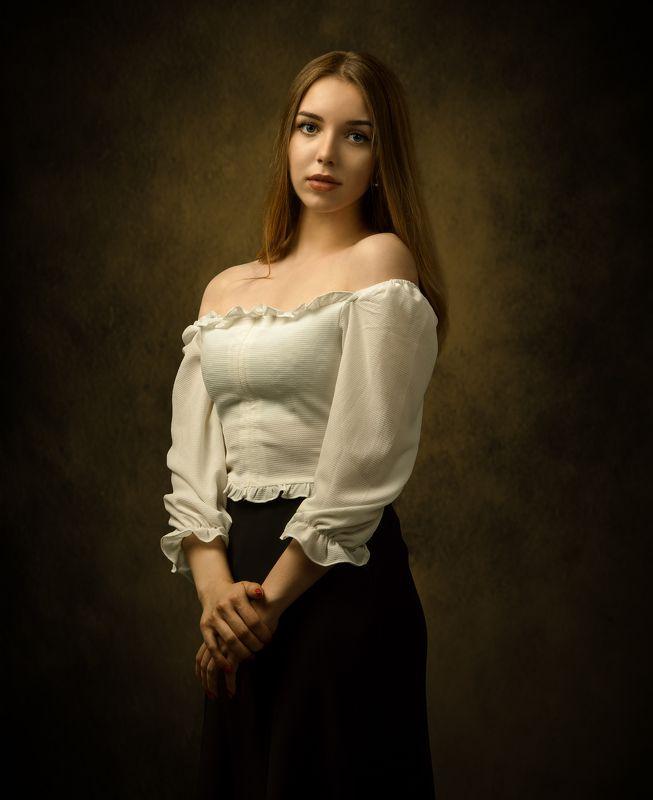 студийный портрет, красивая девушка, женский портрет, концептуальное, арт Маргаритаphoto preview